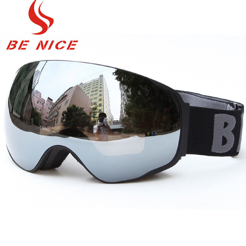 Low Light Ski Snowboard Goggles , Rainbow Ski Goggles With 3 Layers High Density Foam