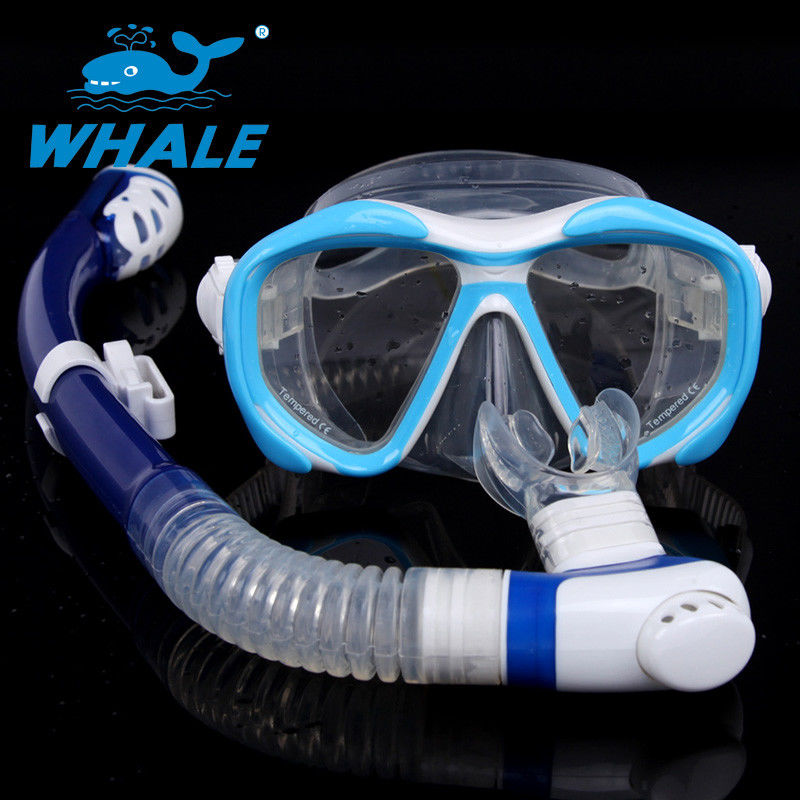 No Leak Diving Mask Set Silicone Strap Double Seal Design For Underwater Sports