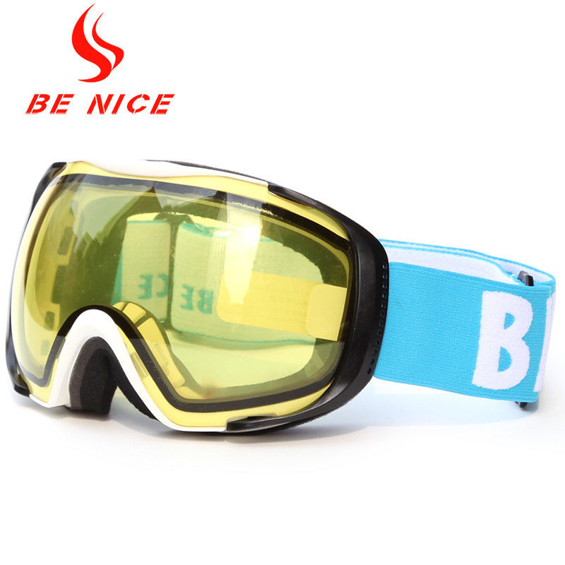 Helmet Compatible Anti Fog Ski Goggles For Mens , Yellow Snowboard Goggles